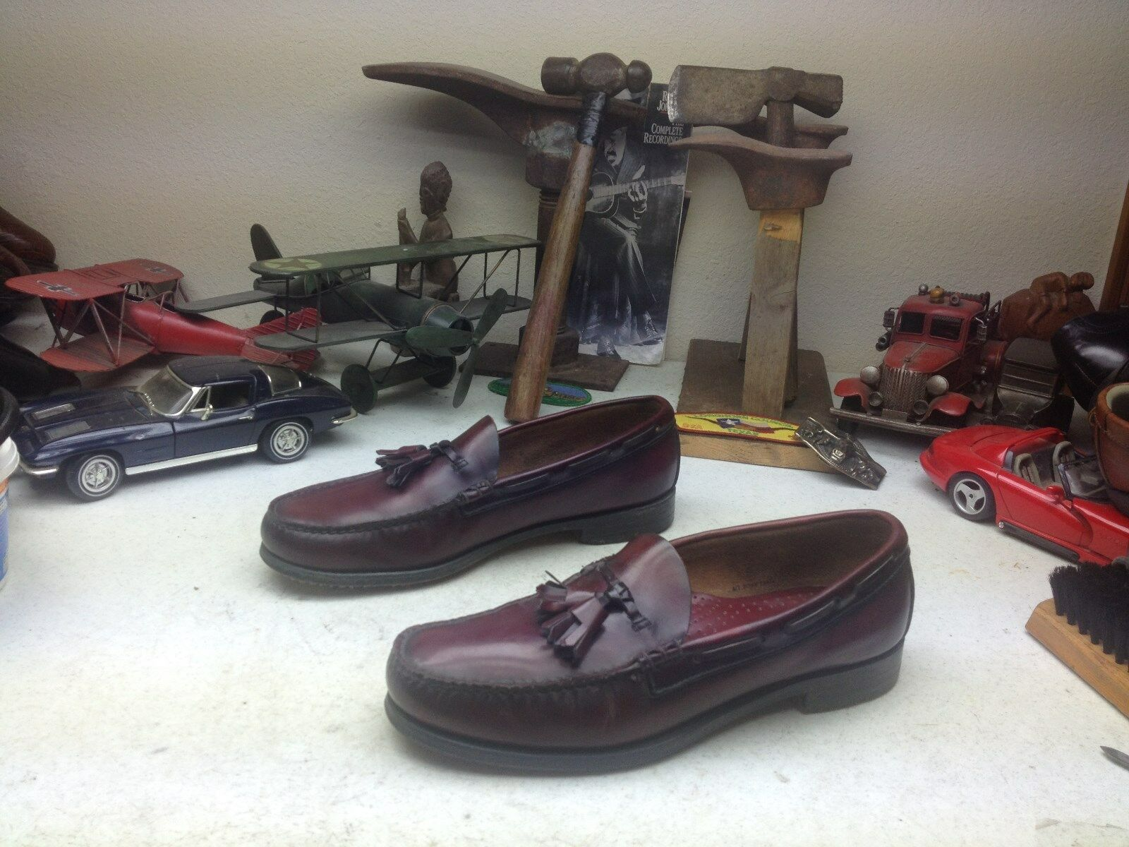 BURGUNDY MADE IN USA G.H. BASS WEEJUNS SLIP ON CASUAL TASSLE PENNY LOAFERS 10 c