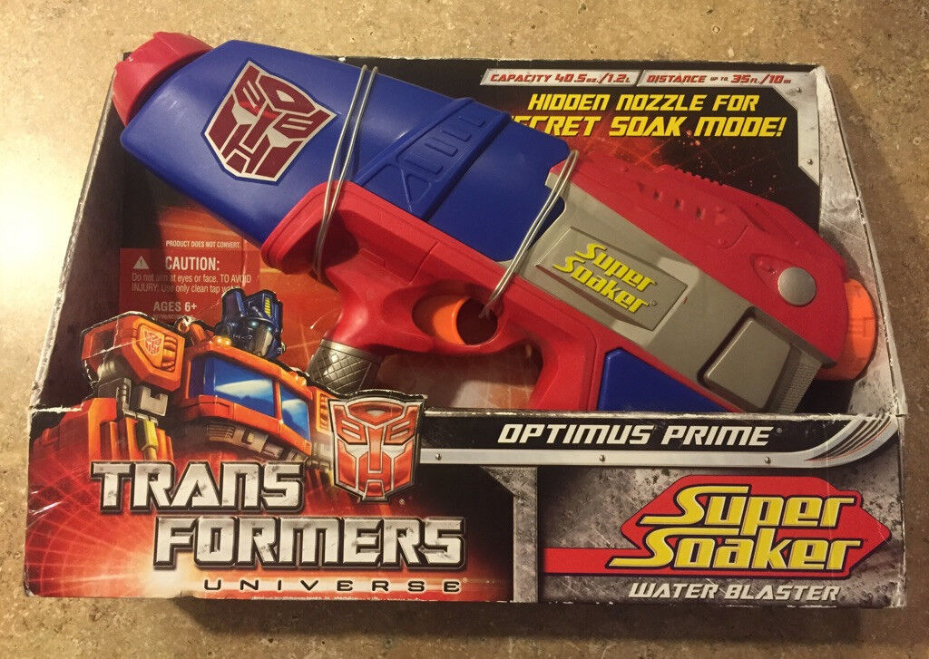 2008 TRANSFORMERS UNIVERSE OPTIMUS PRIME SUPER SOAKER WATER BLASTER 40.5oz NIB