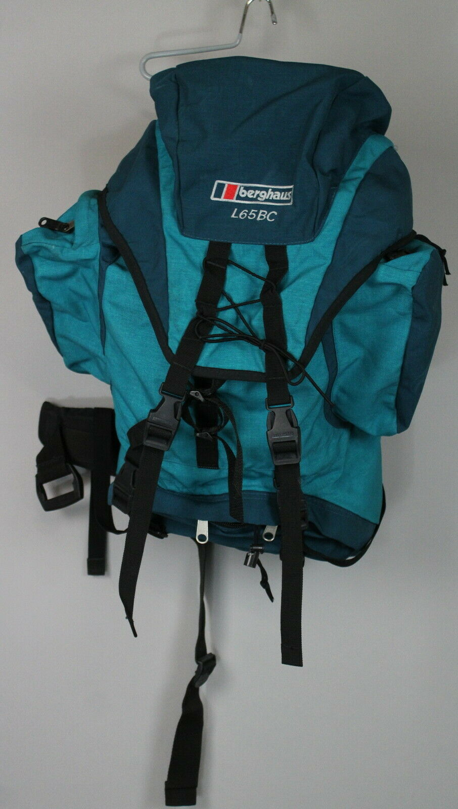 BERGHAUS L65BC ADVENT Wmn 65L, 69x34x19 Vtg Hiking Rucksack   Backpack JS14614