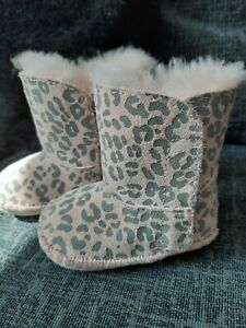 eb459d68b71 Details about Baby Ugg boots