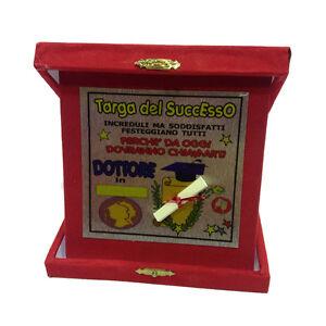 LAURE-placa-la-successo-medico-roja-personalizable-14x14-cm-made-in-italy