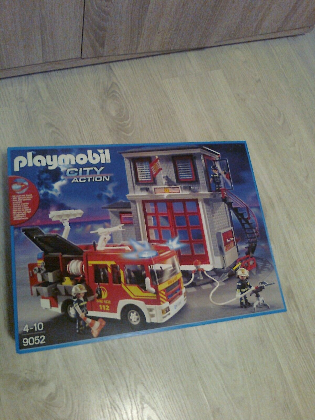 PLAYMOBIL 6166162000 9052 City Action Feuerwehr station und Rüstwagen NEU