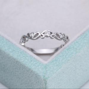Minimalist-White-Sapphire-Hollow-Flower-Thin-Ring-925-Silver-Wedding-Jewelry