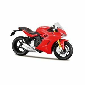 Ducati-Supersport-S-in-Red-1-18-scale-by-Maisto-17040