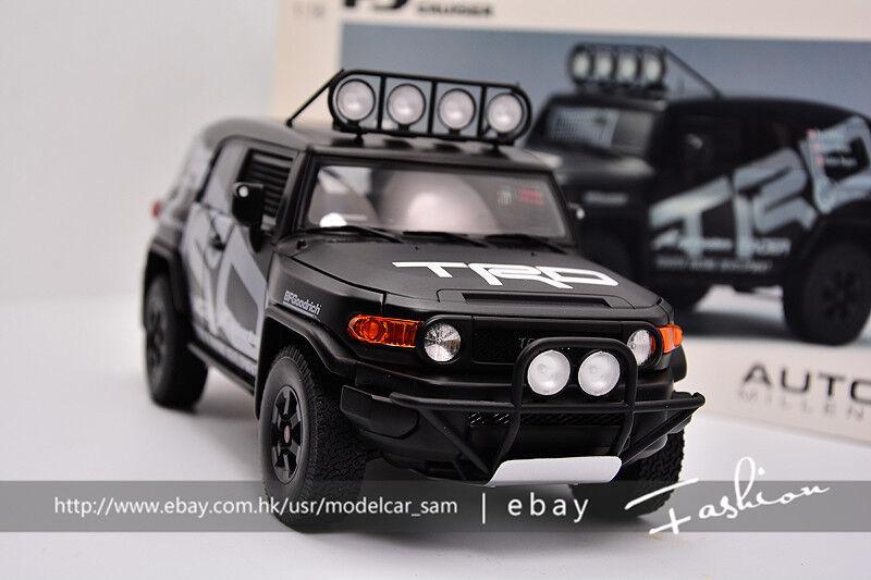 AUTOart 1 : 18 Toyota Cruiser FJ