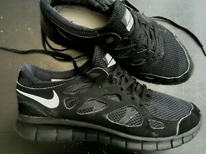 NIKE-FREE-RUN-2-MENS-UK-9-EU44-BLACK-TRAINERS-RUNNING-GYM-CASUAL-SHOES