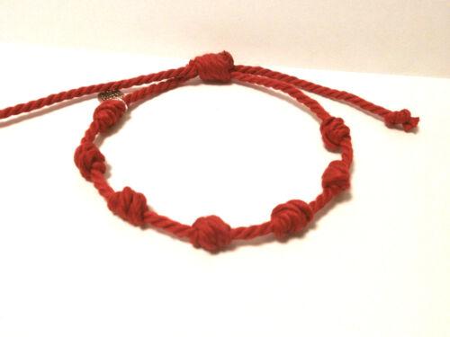 """Amuleto en Pulsera  /""""Chanceux/"""" 7 nudos rojos en hilo de algodón Ajustable"""