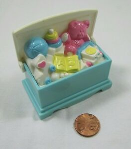 rare fisher price loving family dollhouse toy box toybox storage for living room ebay. Black Bedroom Furniture Sets. Home Design Ideas