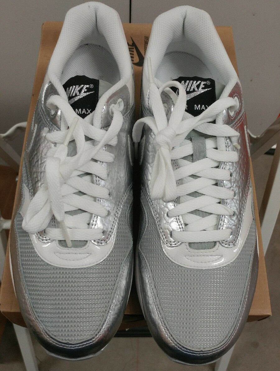 Nike Air Max 1 Size 9.5 Apollo Lunar Pack Metallic Silver 308866-003 Powerful B