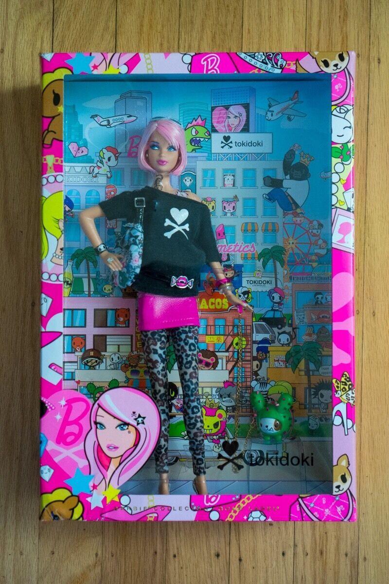 Mattel Barbie Collector-oro Label-Tokidoki Barbie Nrfb
