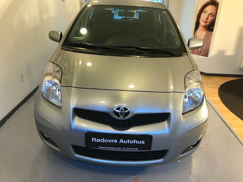 Toyota Yaris 1,3 Sol Benzin modelår 2010 km 155000