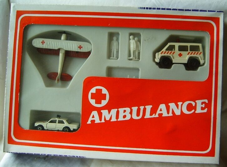 Lote de conjunto de 3 coches de metal Matchbox Mecedes Mecedes Mecedes 450 Sel helicóptero ambulancia Bulgaria e837c6