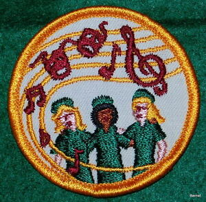 VINTAGE-GIRL-SCOUT-FIRST-NON-EARNED-NATIONAL-ISSUE-PATCH-NEW-NOS