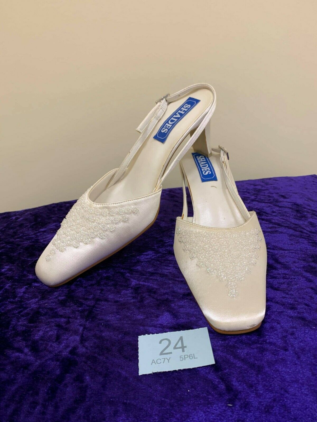 New in box shoes from Shades. Size 5 ivory style 889 code 24