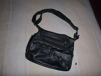 (R 5) Handtasche Schwarz