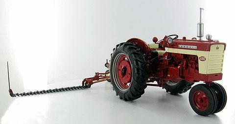 Farmall 340 gas narrow Front with mower vintage tractor 1 16 Model SpecCast