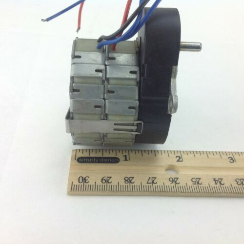 SAIA UFR1NB4M25ANNN Synchronous Rotational Motor 703 170//120Vac