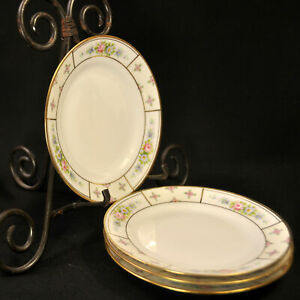 Nippon M-in-Wreath Set of 4 Dessert Plates Hand Painted Flowers w/Gold 1911-1918