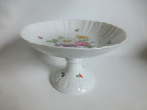 AK Kaiser Fußschale Vintage Design Porzellan Schale Tafelaufsatz Blumen
