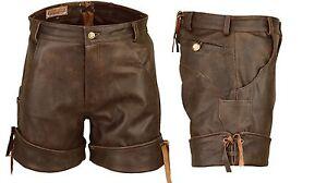 Kurze-sportliche-Lederhose-Ledershorts-mit-Bein-Umschlag-braun