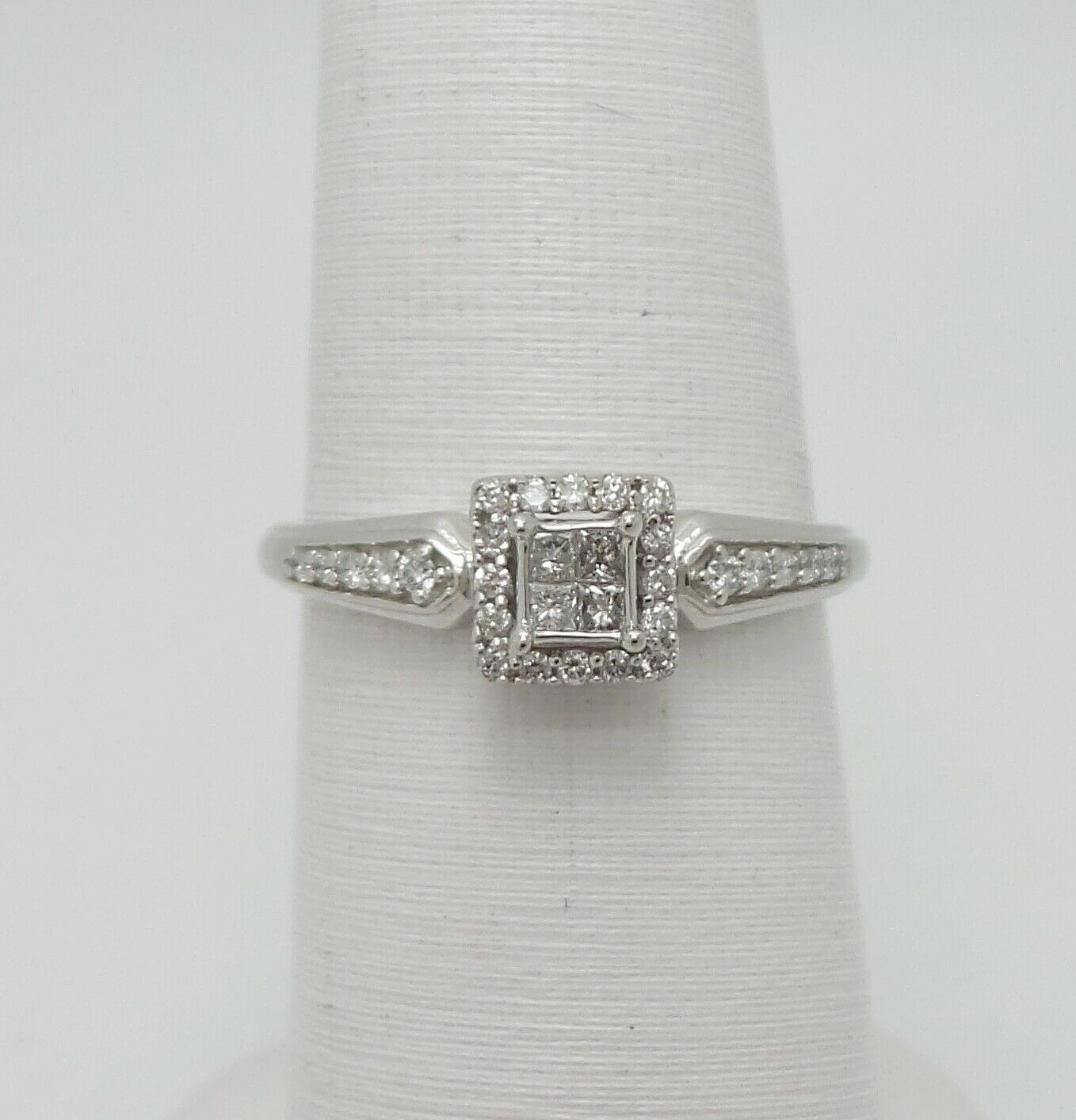 Zale 1 5CT Diamond Halo Solitaire Engagement Wedding Ring Bridal 10K White gold