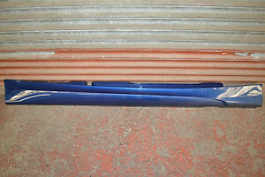 BMW-1-SERIES-E87-M-SPORT-SIDE-SKIRT-SILL-COVER-IN-LE-MANS-BLUE-O-S-RIGHT-SIDE