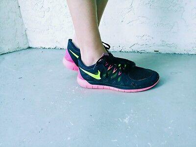 super popular c8b8f 7ee3c Womens Nike Free 5.0 Running Shoes Size 7.5 Black Pink Volt 642199 002  886060722577 | eBay