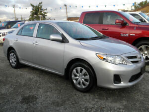 2011 Toyota Corolla LE 4 Cylinder Auto Super Low km Only 20K!