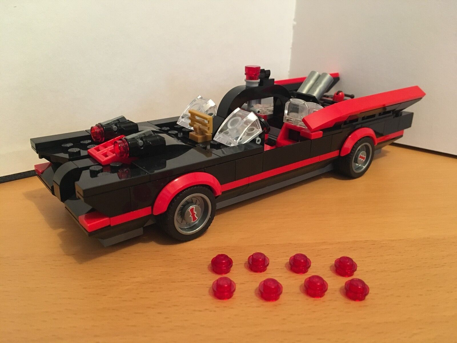 LEGO BATMAN 76052 Bat-Caverna BATMOBILE 1966 NUOVO E MOLTO RARO
