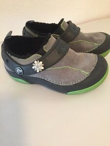 89b4556678d0 Image is loading Unisex-Crocs-Fleece-Lined-Shoes-Gray-Neon-Green-
