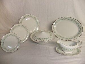 C4-Porcelain-Fine-China-Royal-Doulton-Woodland-Glade-1979-NEW-7C1B