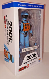 MAFEX-2001-A-Space-Odyssey-Space-Suit-Light-Blue-ver-Action-Figure-kubrick