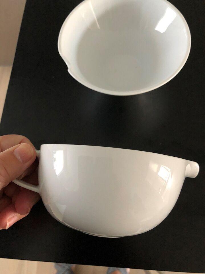 Porcelæn, Sovseskål 13 cm og Lille skål 14 cm, Ukendt