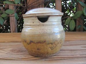 Stoneware-Pottery-4-034-Covered-Sugar-Bowl-Sage-Unknown-Artist