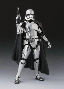 Bandai S.h.figurines Figurine Star Wars Capitaine Phasma (le dernier Jedi)