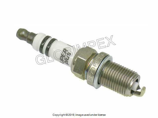 Genuine Volvo S80 XC90 1999 2000 2001 2002 2003-2005 Spark Plug 8692072