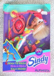Sindy, alpiniste (poupée 1994, Hasbro).   Rare, difficile à trouver, tout nouveau stock ancien!