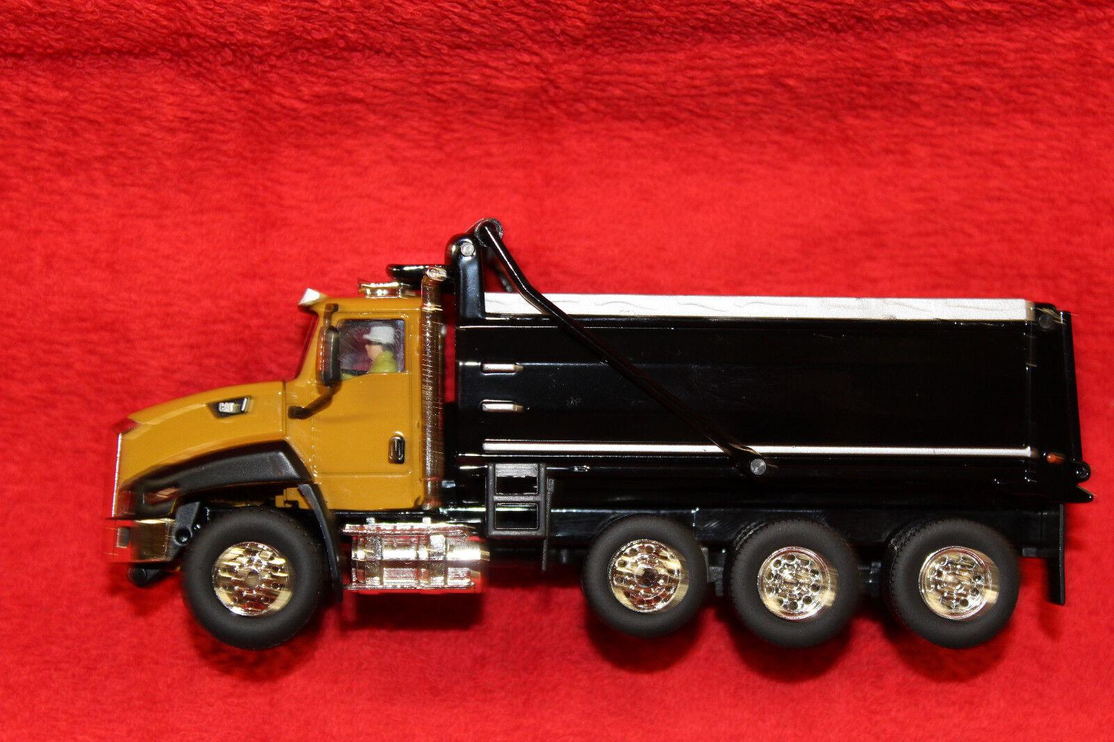 85290 CAT CT660 camion benne neuf en boîte