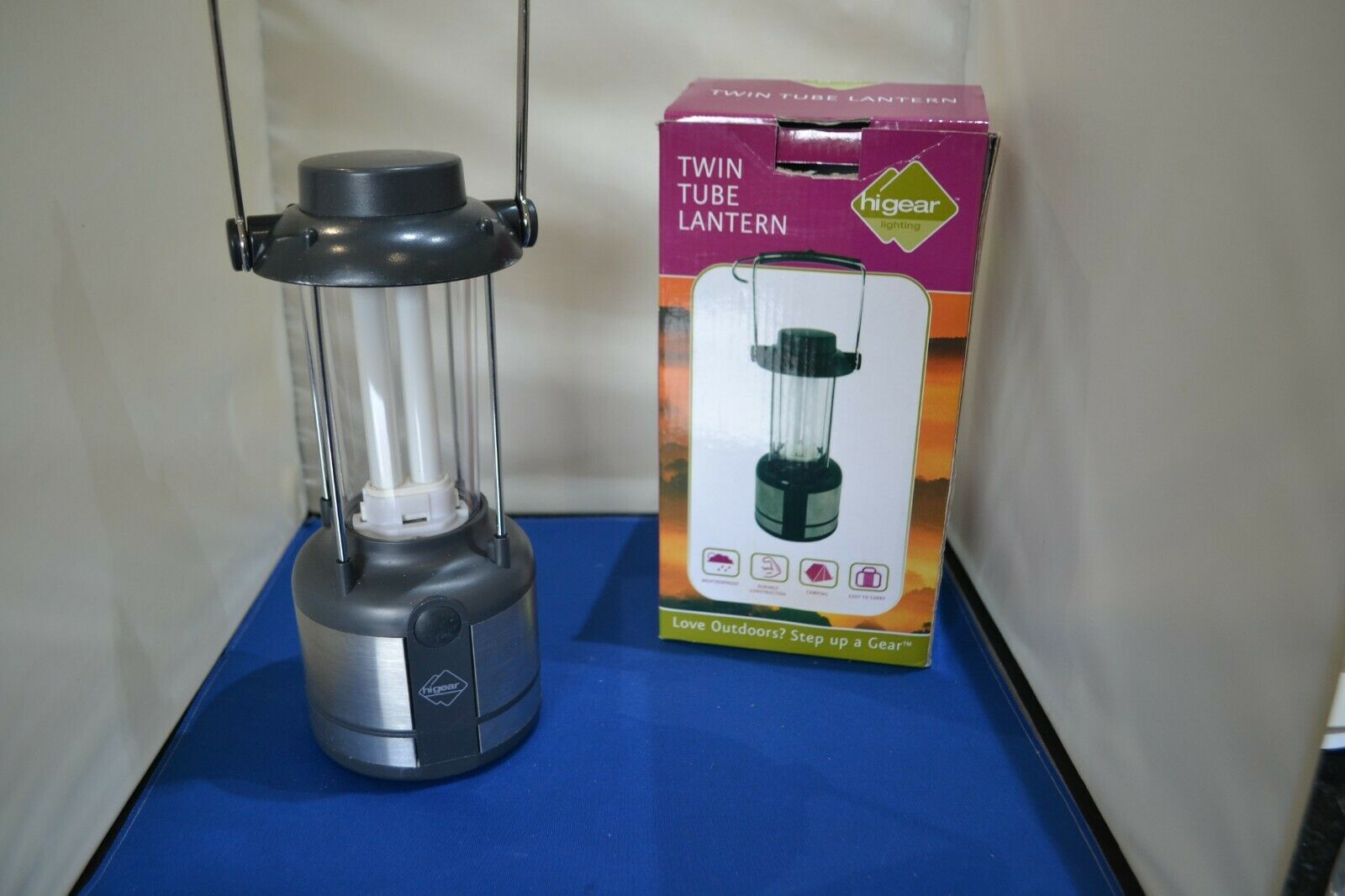 Higear Twin Tube Camping lantern (4 x D cell) Opened but never used.