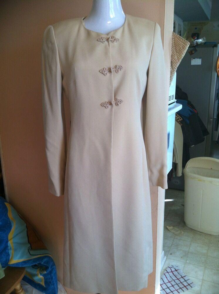 Dana Buchman Dress Size 2 Tan  Beige Dress Suit Long 3 Button Blazer