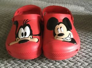 7cbf15a7e50f73 Image is loading Disney-Mickey-Mouse-Pluto-Crocs-Clogs-Sandals-Red-