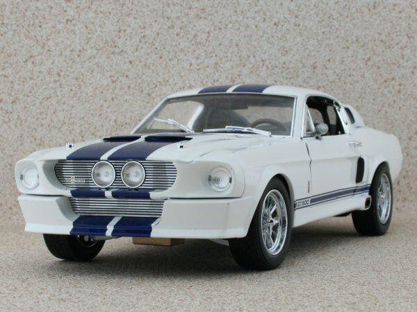 FORD SHELBY GT 500 1967 Blanc  / Bleu  Greenlight Collectibles 1:18 | De Qualité