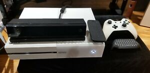 """Xbox One Launch Team """"I Made This"""" RARE Console with Controller and Accessories"""
