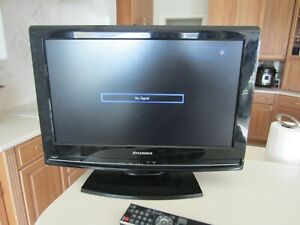 Sylvania LC195SLX 19 inch LCD TV PC Monitor HDMI with Remote TESTED