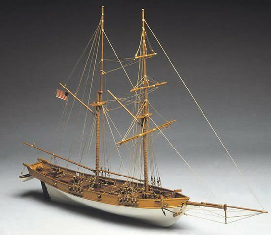 Mantua Albatros. US Coastguard Clipper 1 40 Scale 771 - Static Model Boat Kit