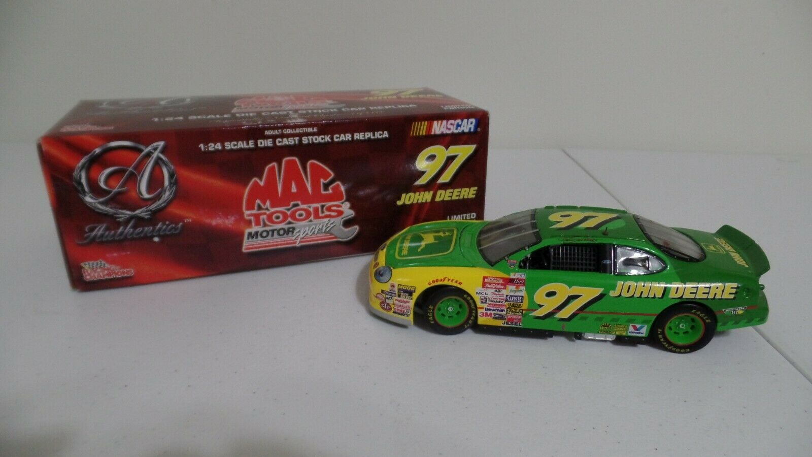 RACING CHAMPIONS AUTHENTICS JOHN DEERE MAC TOOLS CHAD LITTLE NOT COMPLETE BOX B5
