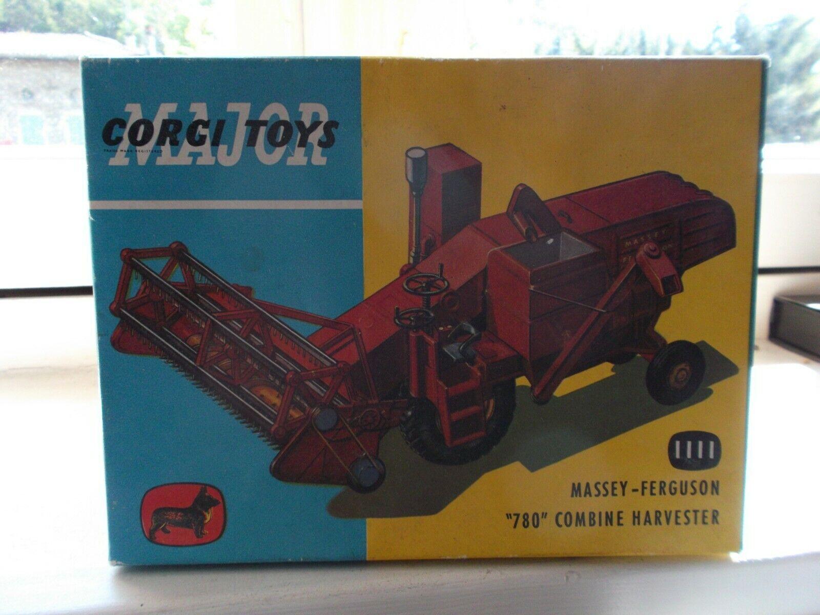 Corgi  Toys massey Ferguson référence 1111