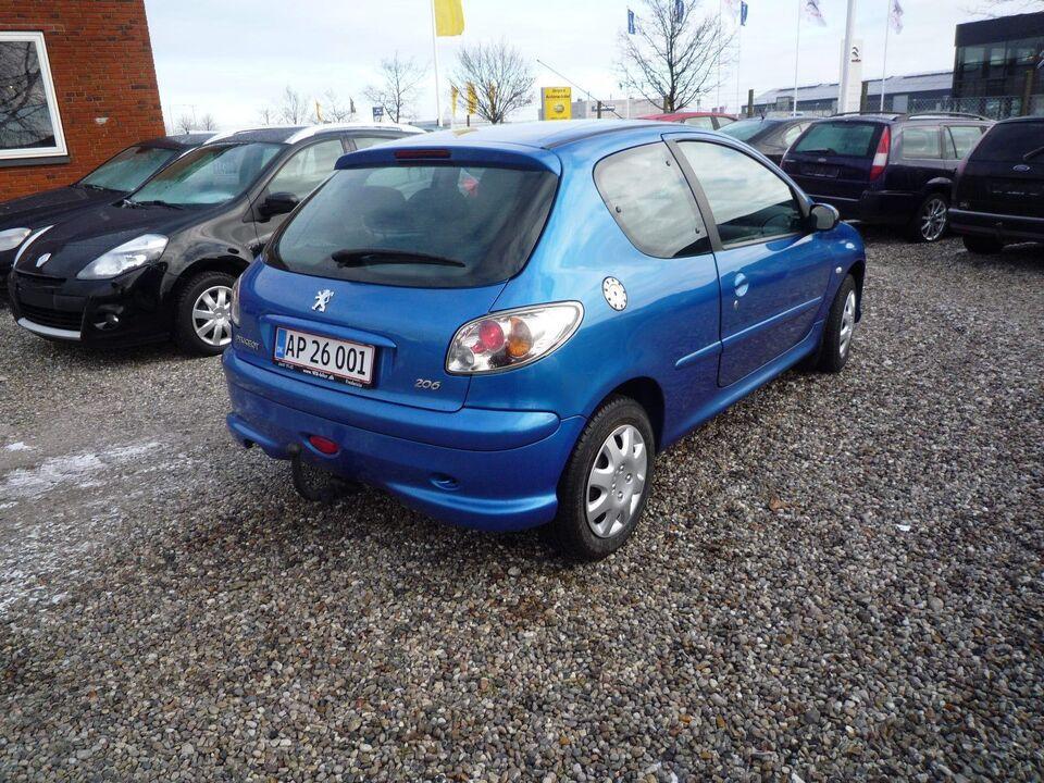 Peugeot 206 1,6 S16 Benzin modelår 2006 km 251000 Blåmetal