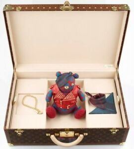 Louis-Vuitton-Pudsey-Bear-amp-A-Custom-Alzer-Louis-Vuitton-Suitcase-ONE-OF-A-KIND