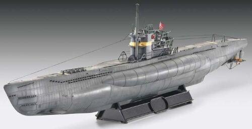 Revell Germany 1/144 U-Boat Typ VIIC/41 Model Kit 80-5100 05100 RVL05100